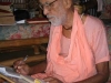 srila-gurudeva-writing-in-hawaii